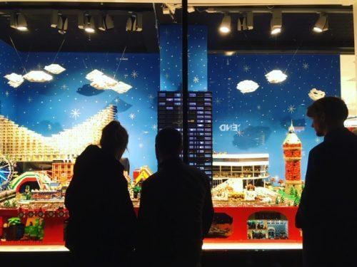 Vindues maler, vindues dekoration, kunst på vinduer, window art, vindues maleri